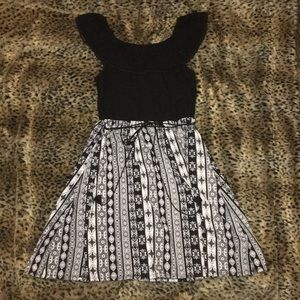 Off the Should Girl Formal Black and White Dress